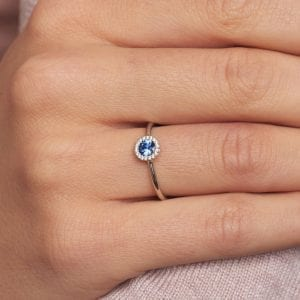 18k White Gold Blue Sapphire Diamond Cannele Engagement Ring