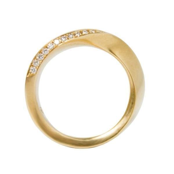 18k Rose Gold Swing Diamond Wedding Ring