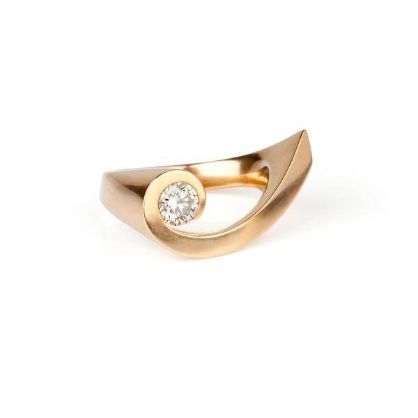 18k Yellow Gold Shooting Star Diamond Engagement Ring Designyard