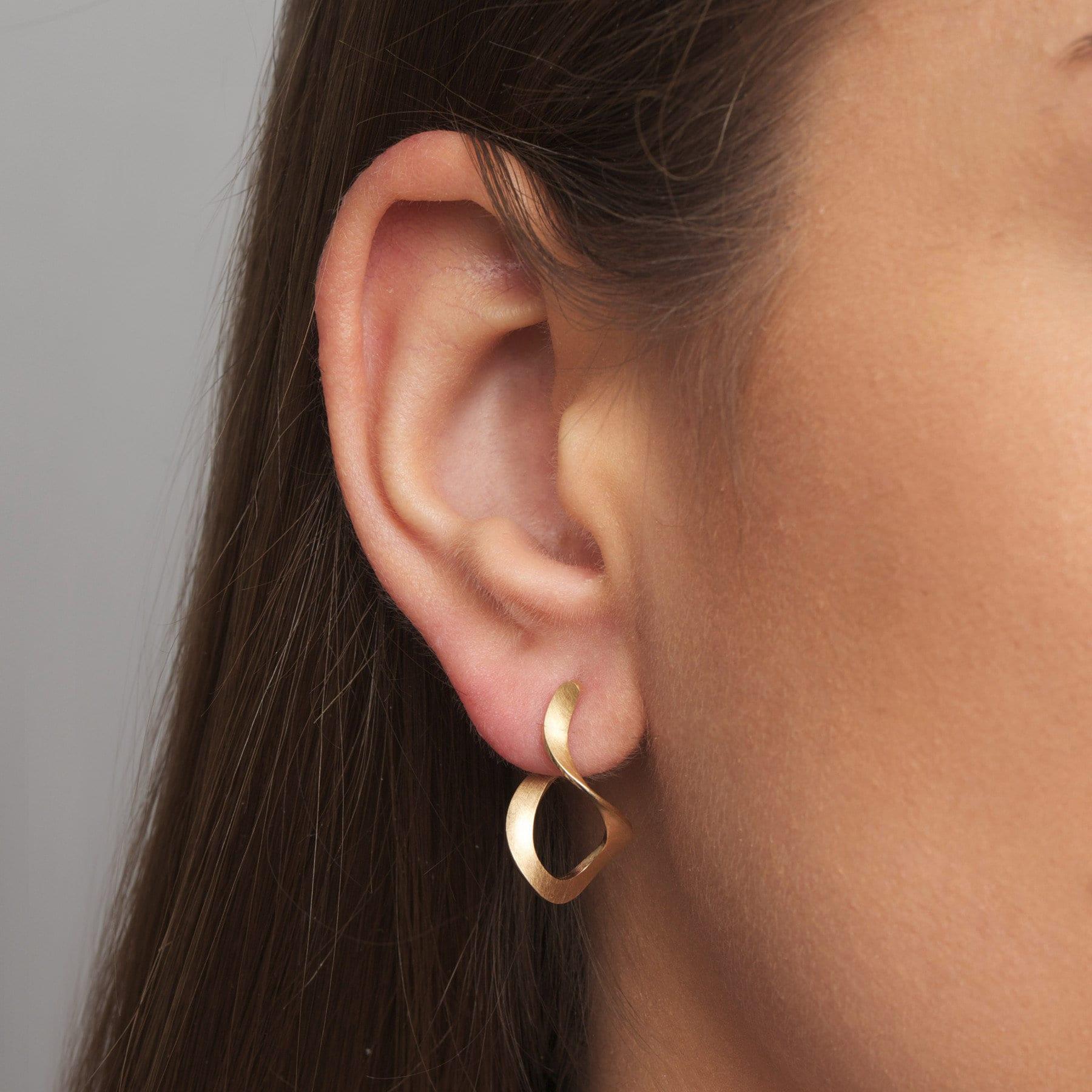 14k Yellow Gold Curl Earrings