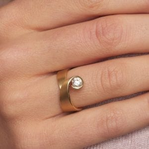 18k Yellow Gold Diamond Tulip Engagement Ring