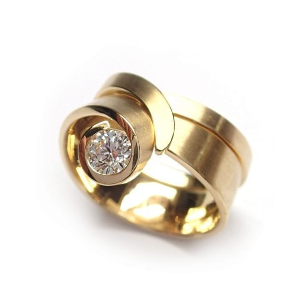 18k Yellow Gold Diamond Tulip Engagement Ring