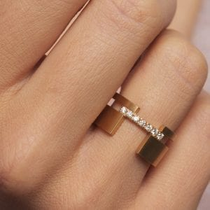 18k Yellow Gold Diamond Between Ring