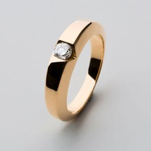 18k Yellow Gold Satin Diamond Chamfer Solitaire Ring
