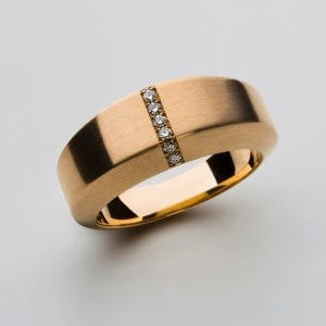 18k Yellow Gold Satin Diamond Chamfer Ring