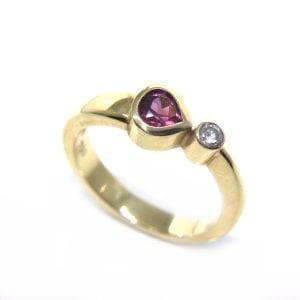 18k Yellow Gold Rhodolite Garnet Comet Engagement Ring DesignYard
