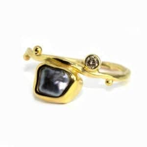Contemporary Ring Gold Pearl Bergsoe Designyard