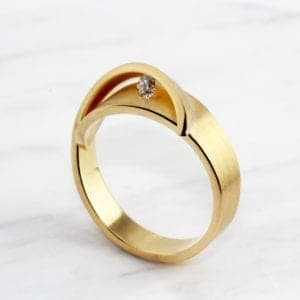 alternative engagement diamond ring contemporary art jewellery designyard dublin ireland cardillac