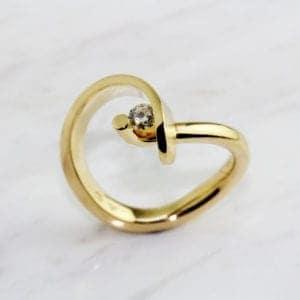 contemporary design art jewellery designyard dublin ireland cardillac whirl diamond ring