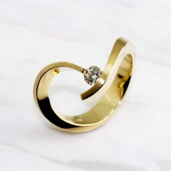 contemporary jewellery art rings designyard dublin ireland cardillac