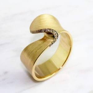 contemporary jewellery art design designyard dublin ireland cardillac yellow gold diamond ring