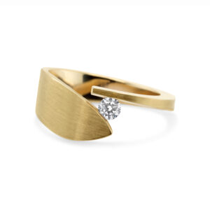 cardillac 14k yellow gold leaf diamond alternative engagement ring designyard contemporary jewellery gallery dublin ireland handmade alternative engagement ring irish design designer jewellers shop