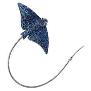 contemporary art jewellery brooch designyard simon harrison eagle ray