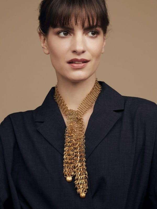 contemporary art jewellery simon harris dionysus bear claw necklace designyard gold