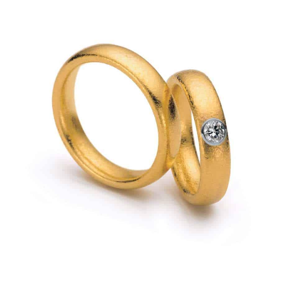 24k Yellow Gold Platinum Fonte 6mm Diamond Ring Designyard