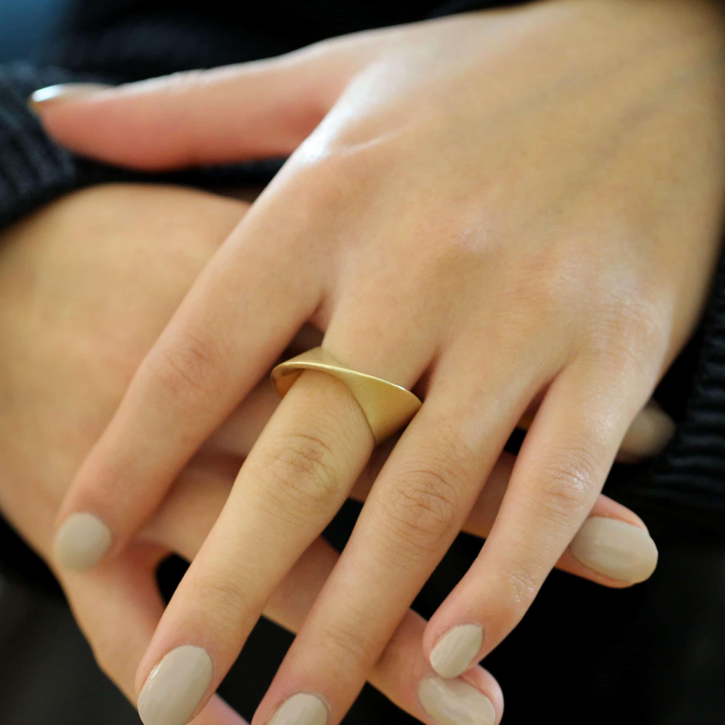 cardillac 14k yellow gold wrap ring designyard contemporary jewellery gallery dublin ireland