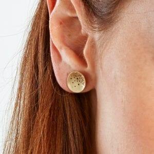 kate smith 9k yellow gold oval stud earrings ks206 designyard contemporary jewellery gallery dublin ireland