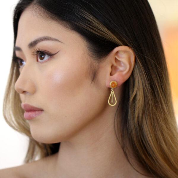 catherine mannheim 18k yellow gold mandarin garnet diamond drop earrings designyard contemporary jewellery gallery dublin ireland