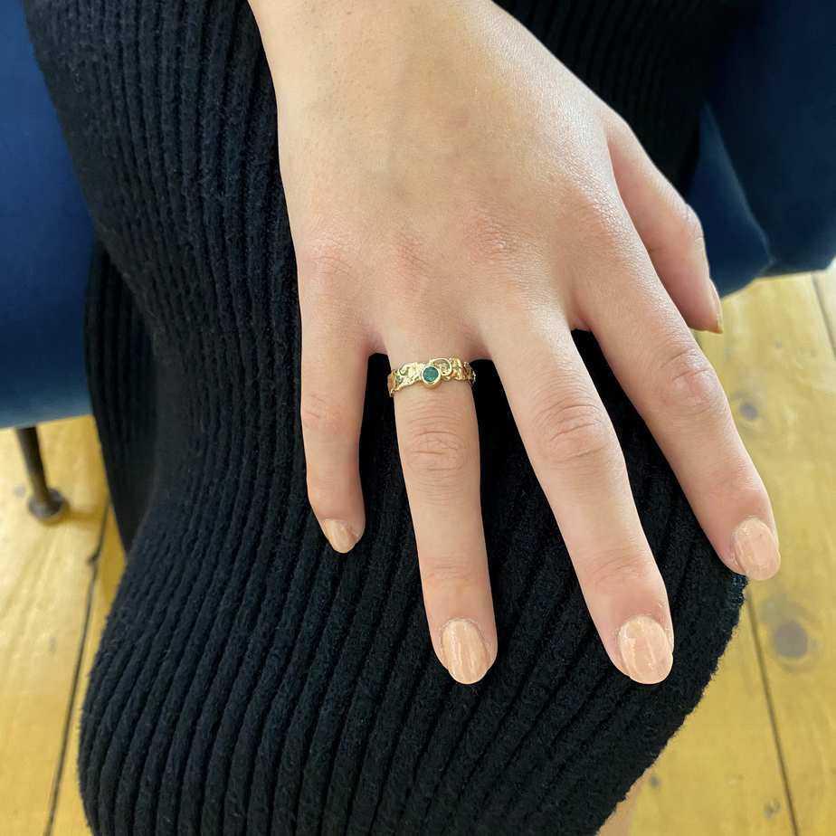 friedericke grace 14k yellow gold emerald ring designyard contemporary jewellery gallery dublin ireland