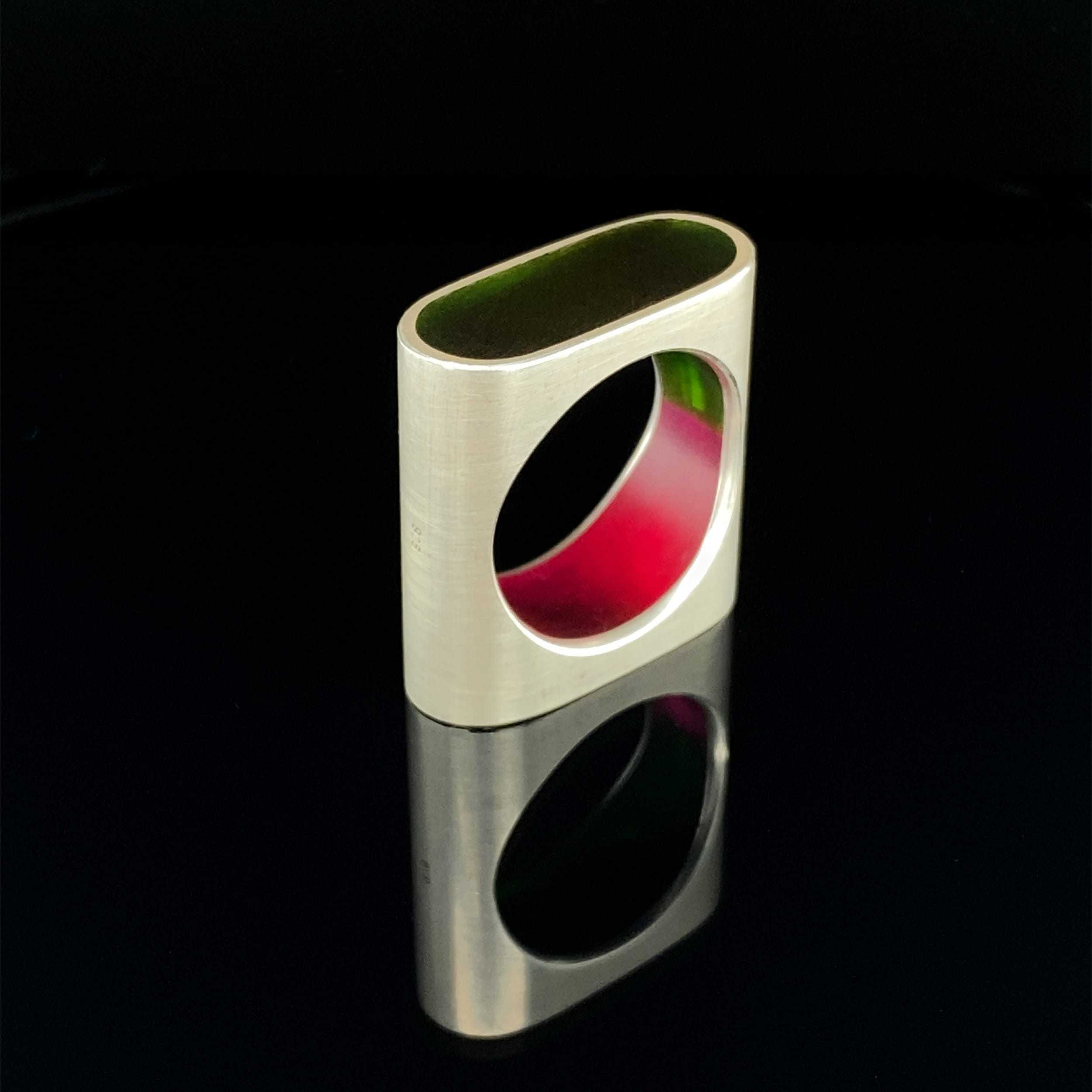 monika jakubec silver resin capsule ring pink green designyard contemporary jewellery gallery dublin ireland
