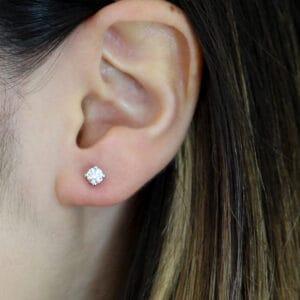 ronan campbell 18k white gold diamond stud earrings designyard contemporary jewellery gallery dublin ireland irish jewellery