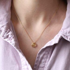 shimell madden 18k yellow gold four circle yellow sapphire pendant designyard contemporary jewellery gallery dublin ireland fine jewelry design
