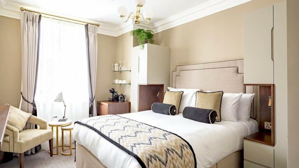 Trinity Townhouse Hotel Classic Room DesignYard Dublin Ireland