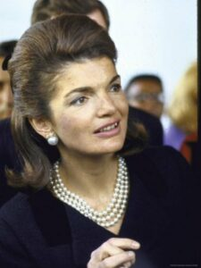 Jaqueline Kennedy and her famous triple strand of faux pearls