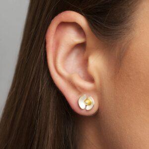 Orchid stud earring by inga reed at designyard contemporary jewellery dublin ireland
