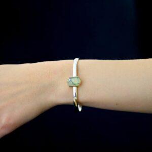 phrenite bangle by stephanie robinson at designyard contemporary jewellery dublin ireland