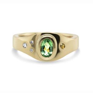 friederike grace yellow gold green diamond ring designyard contemporary jewellery gallery dublin ireland handmade jewelry design designer irish jewellers shop